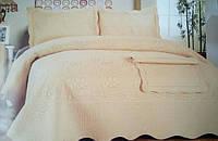 Стеганное одеяло с выбитым рисунком