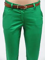 Женские батальные брюки зелёного цвета