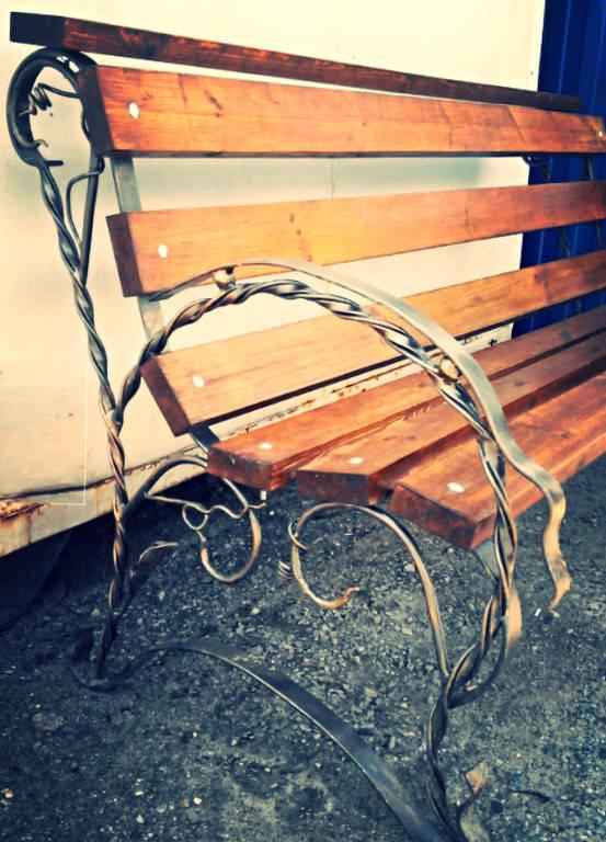 Скамейка для дачи и сада (металл ковка + дерево)
