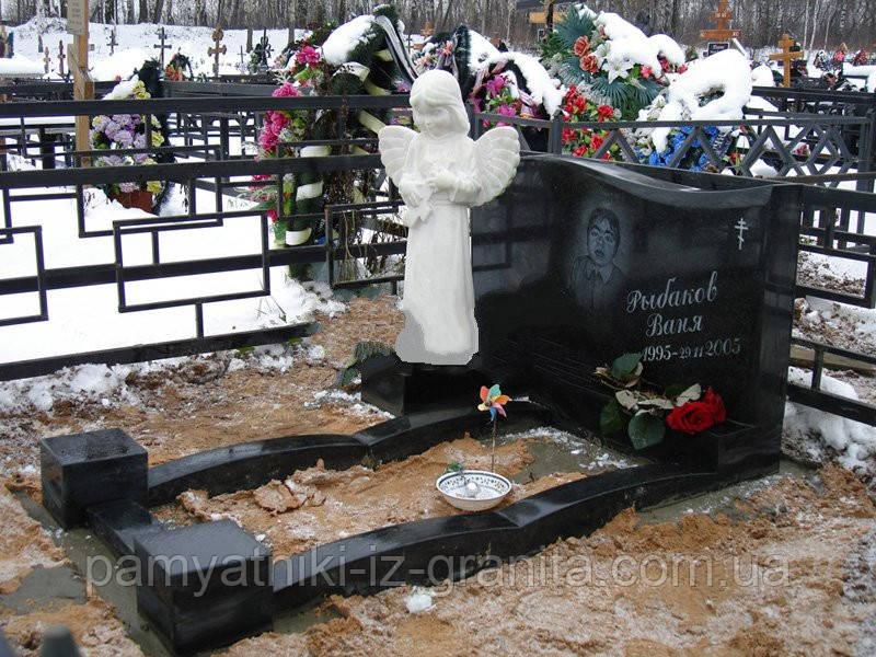 Скульптура ангелочка из мрамора № 28