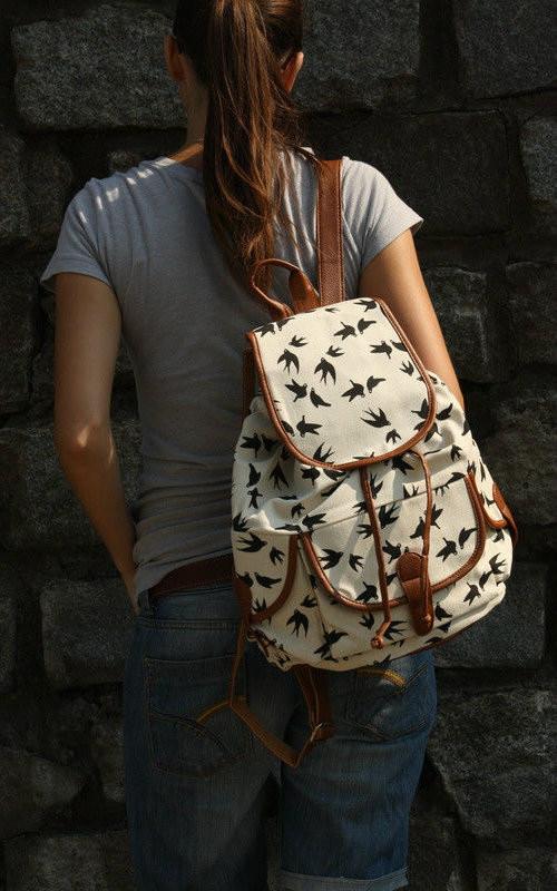 Женский рюкзак с ласточками