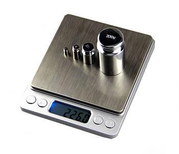Профессиональные ювелирные весы 1208 2000 гр. D100