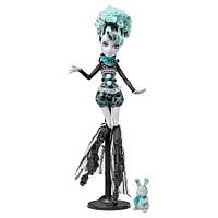 Кукла Монстер Хай Твайла Фрик Ду Чик Цирк Monster High Freak du Chic Twyla