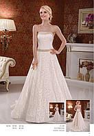 Свадебное гипюровое платье с атласной отделкой сверху корсета и талии Лучия