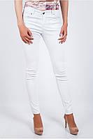 Красивые женские брюки приталенного кроя белые, голубые, персиковые, светло-сиреневые