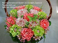 """Корзина роз из конфет raffaello""""Цветочный рай-вариант2""""№15"""