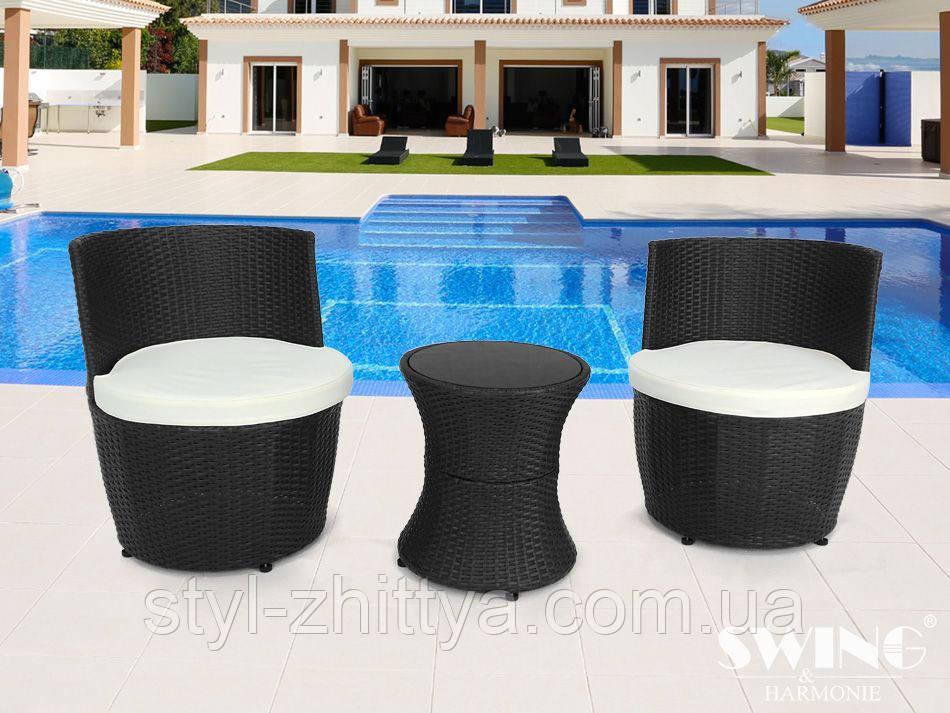 Садові комплекти з штучного ротанга: столик + 2 крісла + подушки