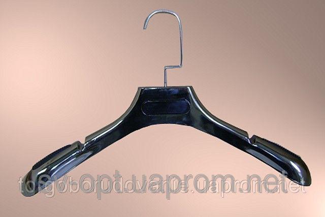Вешалка чёрная с резиновыми вставками