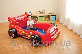 Детский надувной игровой центр-кровать «Тачки» (182х145х71см.) 48667 Intex