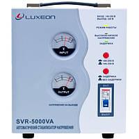 Стабилизатор напряжения Luxeon SVR-5000 белый, фото 1