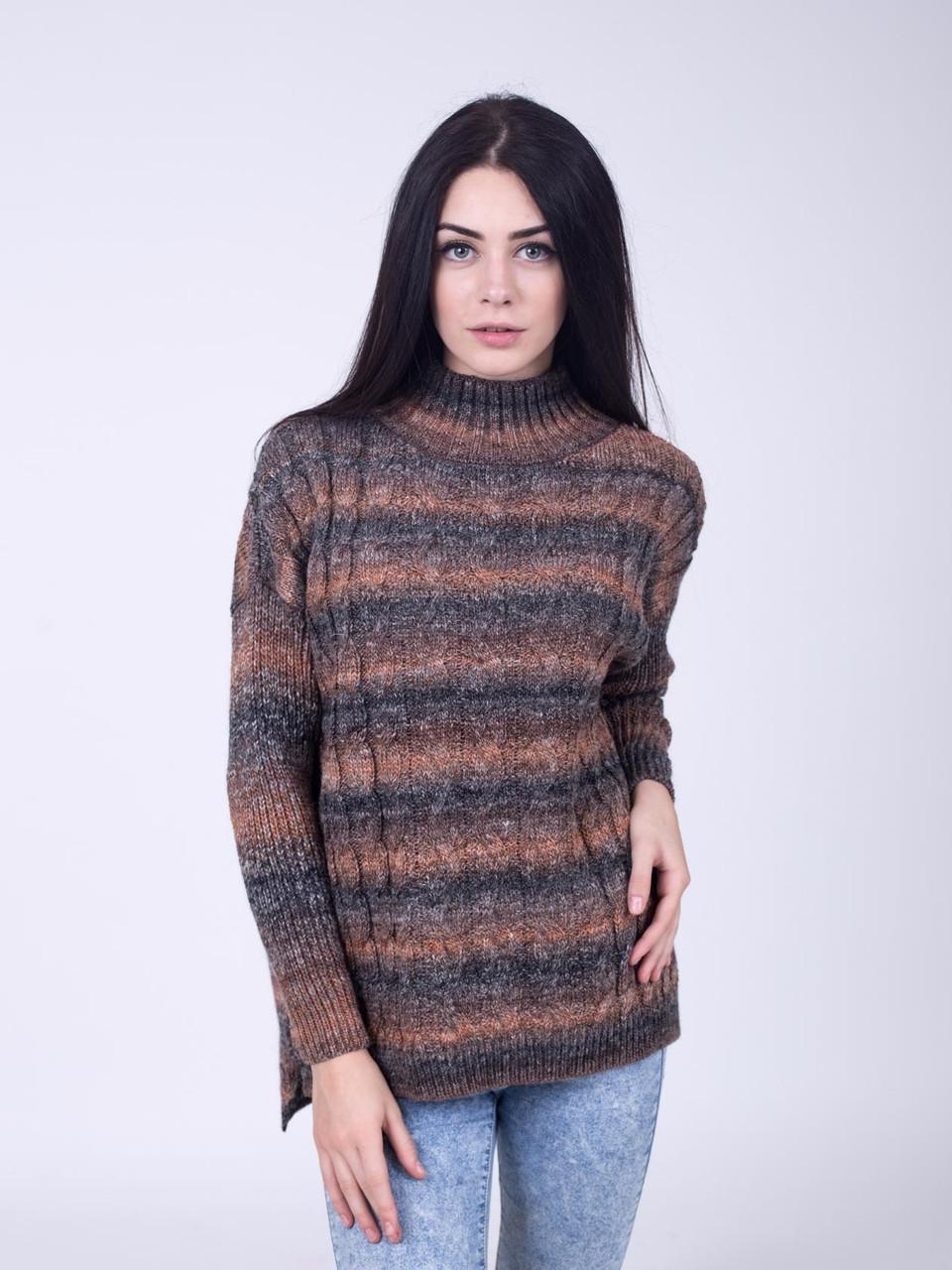 Теплый вязанный свитер от производителя