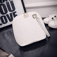 Маленькая женская сумка с рифлением белая