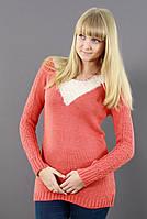 Коралловый шерстяной свитер