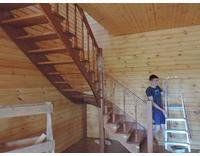 Лестница с забежными ступенями (ольха), фото 3