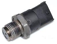 Датчик давления топлива в рейке 2.5 DCI OPEL VIVARO 00-14 (ОПЕЛЬ ВИВАРО) 281002568