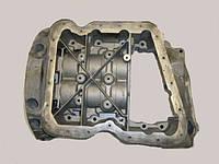 Поддон мотора 2.0 DCI верхняя часть OPEL Vivaro 00-14 (ОПЕЛЬ ВИВАРО) 8200600642