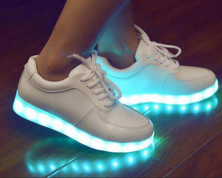 8600dd8c Кожаные светящиеся кроссовки с led подсветкой skechers.