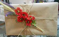 Упаковка подарка и декор бутоньерками, фото 1