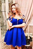 Платье из неопрена с декольте