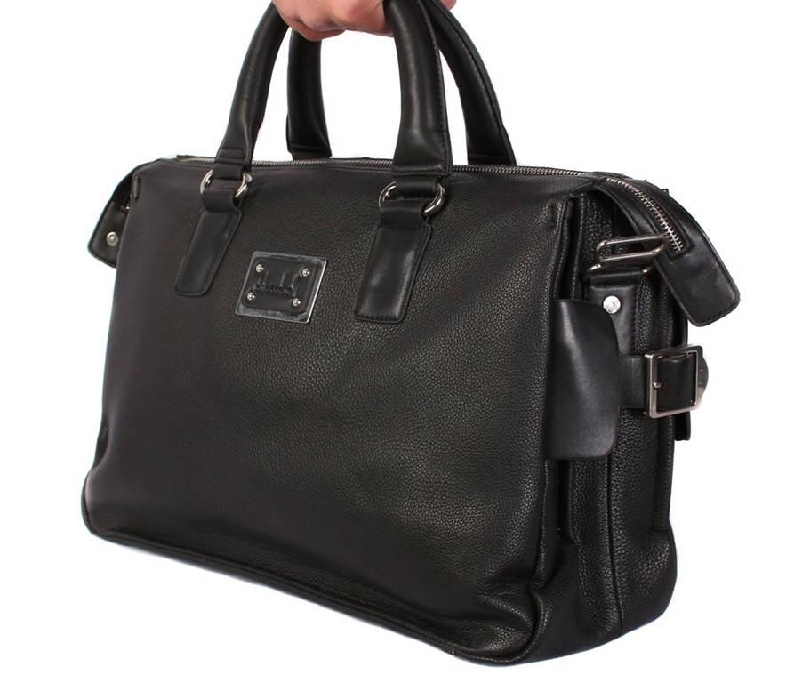 Стильная дорожная сумка черного цвета