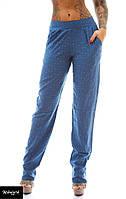 Женские штаны из штапеля с мелким принтом