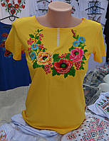 "Жіноча вишита футболка ""Три Маки"" жовта"