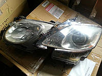 Фара ксенон США левая БУ на Lexus GS 2006 года. Код 8107030B61