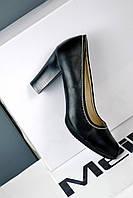 Туфли женские черного цвета