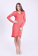 Коралловое вязанное платье с длинным рукавом