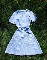 Вышитое платье с клиньями тепло лета дерево