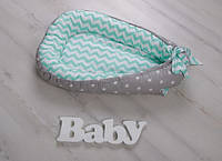 Двустороннее гнездышко Babynest для новорожденного мятно-серое