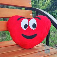 Декоративная подушка смайлий Emoji Сердце