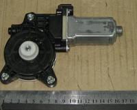 Моторчик стеклоподьемника (пр-во SsangYong) 8810234000