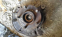 Поворотный кулак передний правый (ступица в сборе) Mazda 626 GE Xedos 6