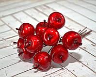Декоративные яблоки на проволоке, цвет красный, 6 шт., диаметр 2,5 см.