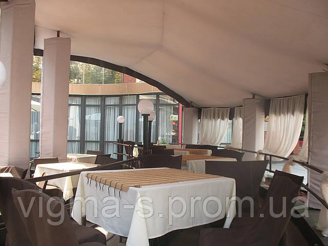 Тканевые потолки и шторы для летнего кафе