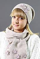 Комплект шапка и шарф с  апликацией