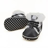 Зимние пинетки-ботинки на мальчика