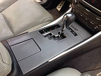 НАШИ РАБОТЫ: Декорирование салона Lexus IS250 пленкой карбон 4D