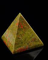 Пирамида из яшмы натуральной в подарок