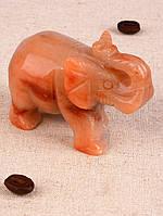 Резная фигурка из яшмы Слон