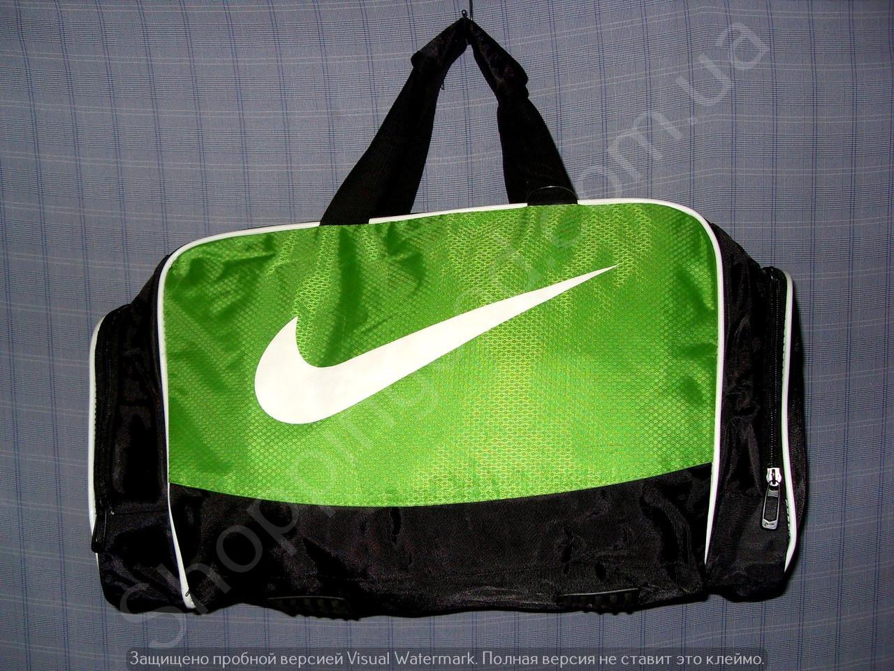 b2600fbdcfca Багажная сумка 114137 средняя (50х27х23, см) черная с зеленым спортивная  копия из полиэстера
