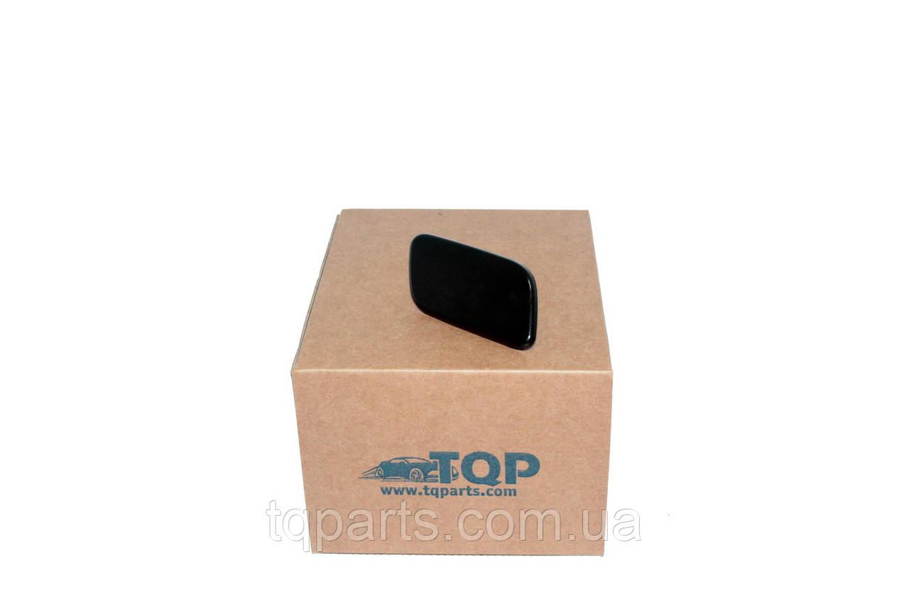 Крышка форсунки прав. Subaru 86636-SG050, 86636SG050