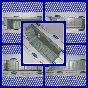 Підніжка передньої правої двері Ford Transit 00-06