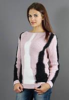 Красивый свитер с модной спинкой