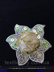 Аплікація з срібними паєтками квітка , колір світло-бузковий