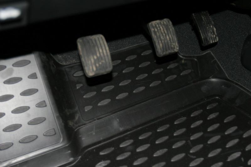 Килимки в салон для Hyundai Getz 2002-> 4 шт поліуретан NLC.3D.20.08.210 k