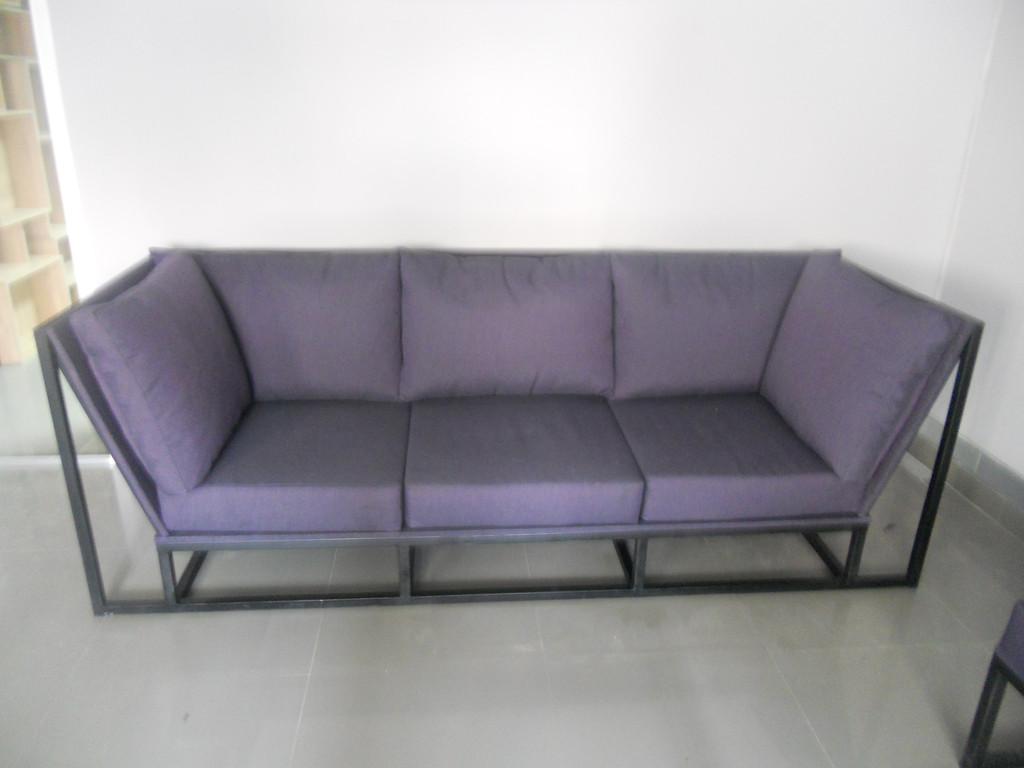 Мяка мебель на металевому каркасі. 2