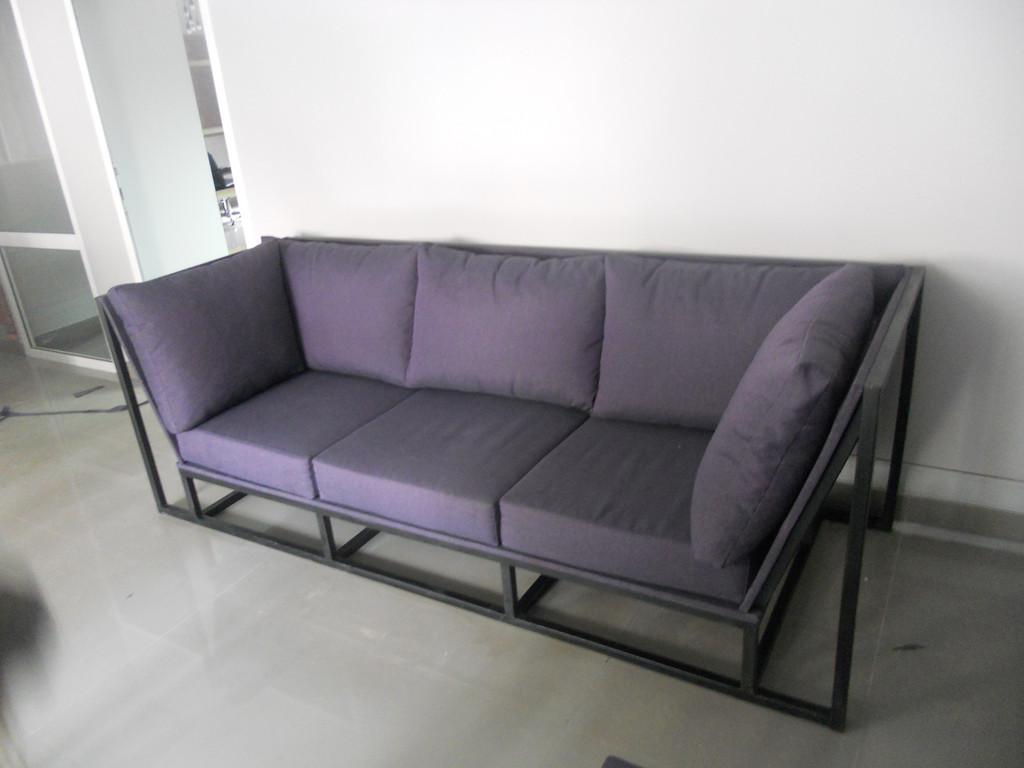 Мяка мебель на металевому каркасі. 3