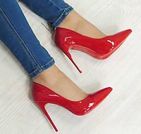 Удобные и модные женские туфли яркие, красные лакированные  размеры 35-37